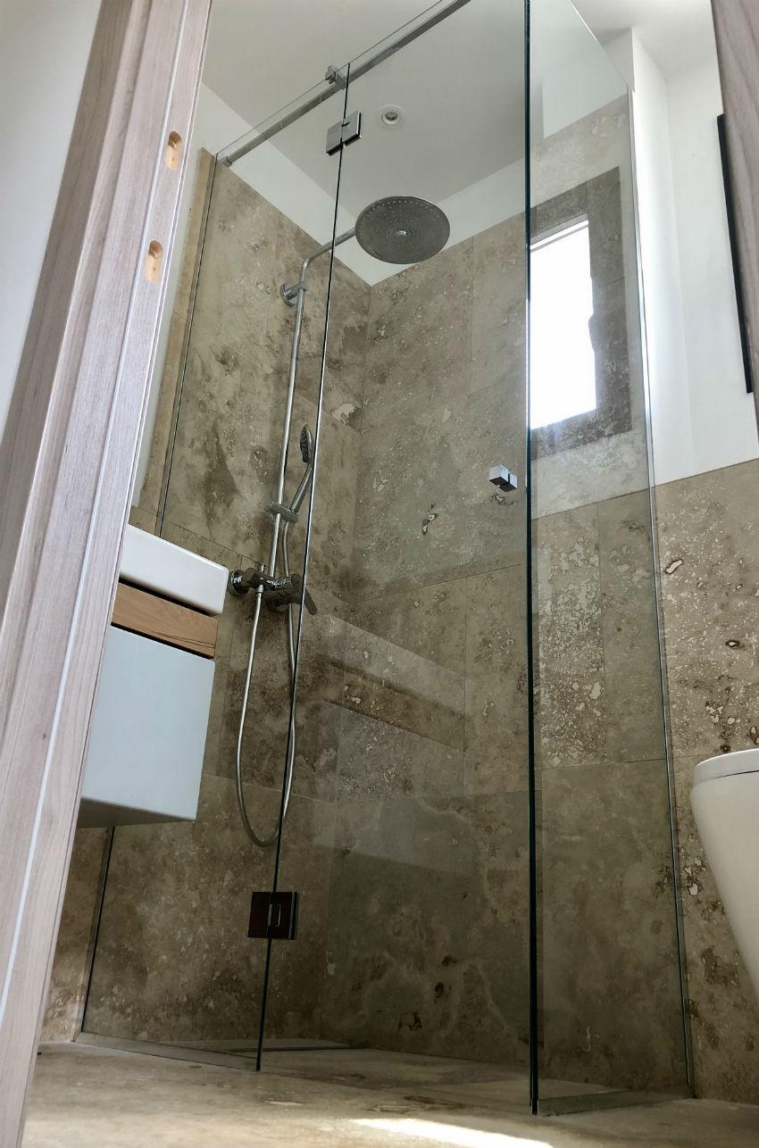 cabine de douche porte batante